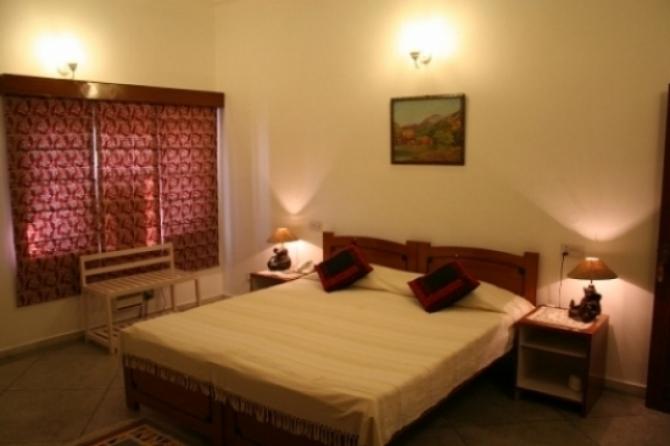 girisadan-standard-double-room